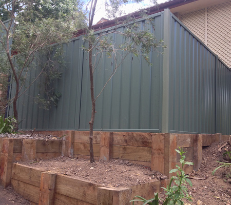 Fencing Blue Mountains, Colorbond Fencing Leura, Fence Repair Springwood